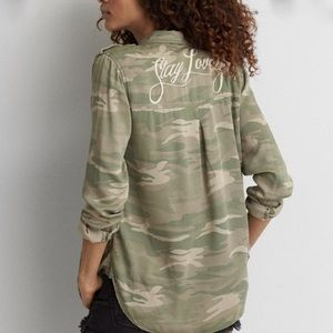 Stay Lovely American Eagle Camo Utility Shirt